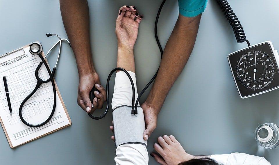 Maladie de Gilbert : causes, symptômes et traitement